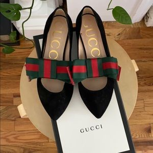 Gucci Black Suede Web Bow Flats